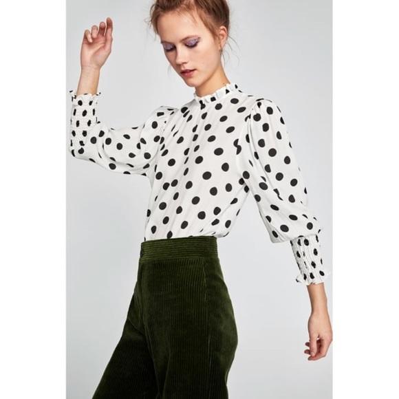 2c26d902d1837 NWT Zara Ruffled Polka Dot Blouse